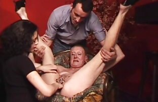 भावुक गोरा सुंदर शरीर उसके सनी लियोन सेक्सी वीडियो फुल मूवी प्यार घोंसला करने के लिए लाया