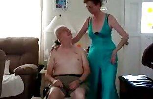 रोपण में मिठाई आग और मिठाई सेक्सी मूवी हॉट मटर उसके टुकड़े, प्रेमिका के साथ अच्छा स्तन