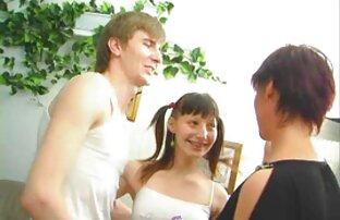जल्द ही दो पात्र किरा मूवी वीडियो सेक्सी गोरा और लिली लेन शामिल हो गए ।